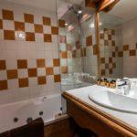 Hôtel Les Monts Charvin - Salle de bains